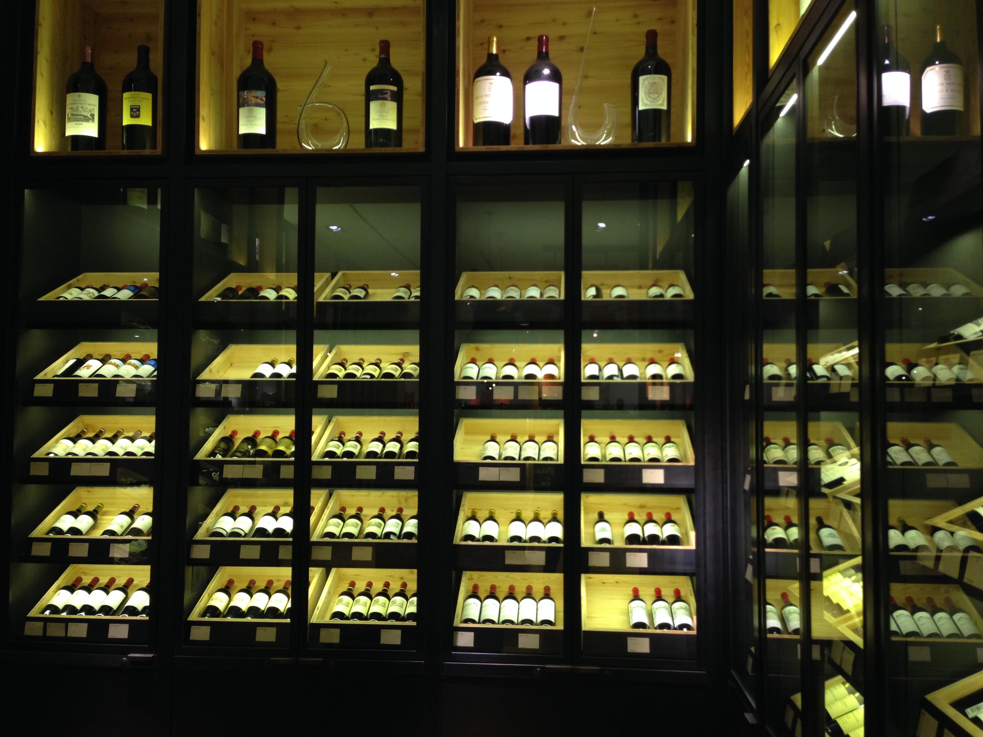 05314fd2d9c5 Selfridges Harry Gordon s Wine Bar   Shop